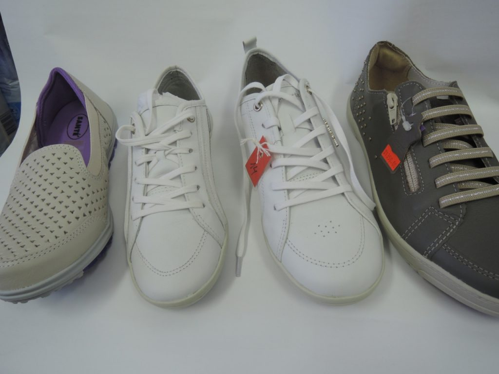 Vážení zákazníci, příjďte si vybrat něco z letošní jarní kolekce zdravotní obuvi.