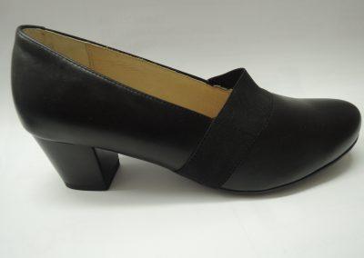 Navážíme novou kolekci jarní zdravotní obuvi.
